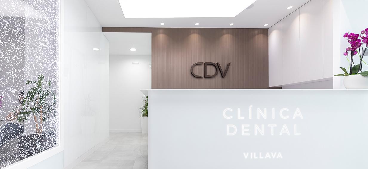 Fachada de la Clínica Dental Villava