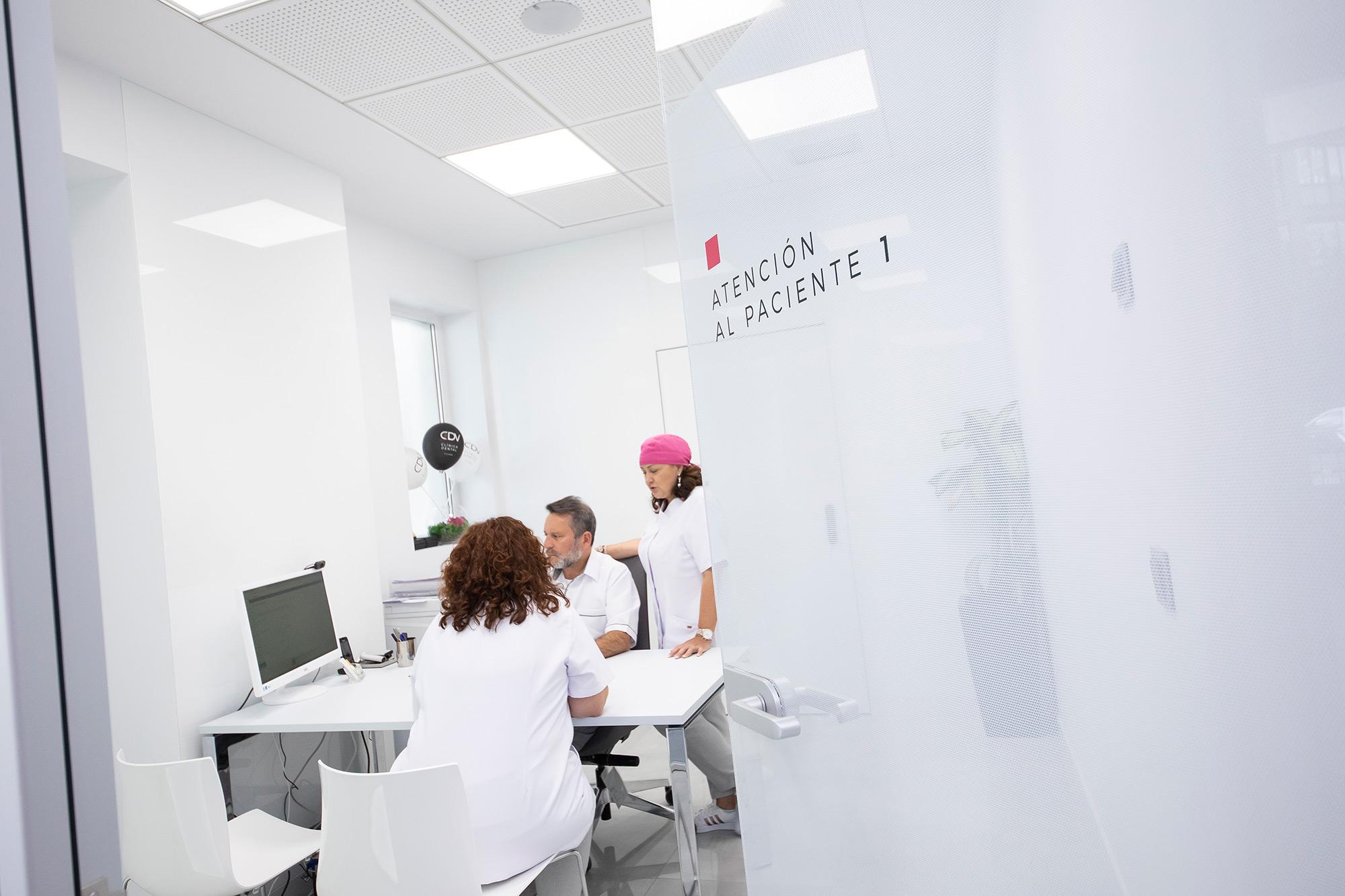 Oficina de Atención al Paciente de Clínica Dental Villava